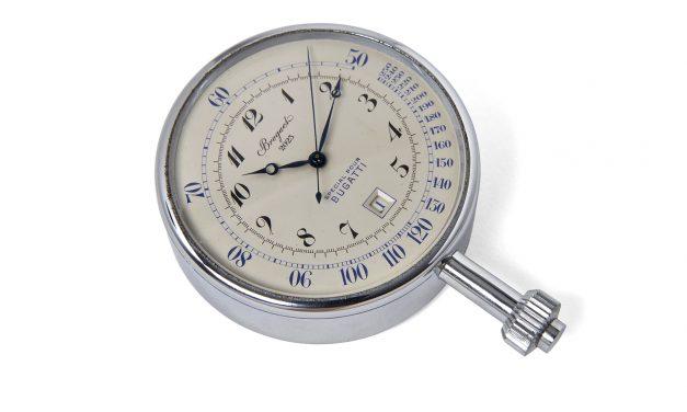 Une montre BREGUET pour BUGATTI exposée à la Cité de l'Automobile …