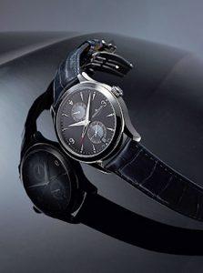 Jaeger-LeCoultre présente la Master Hometime Aston Martin