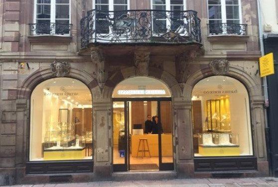 Nouvelle boutique en France pour la Maison ARTHUS BERTRAND, dans le coeur historique de Strasbourg