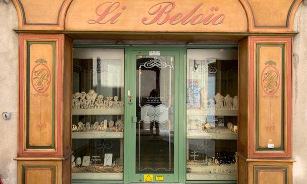13 – ARLES – A vendre Bijouterie / Joaillerie, bel emplacement …